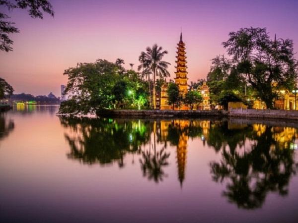 Chùa Trấn Quốc 1.500 năm tuổi đã lọt vào danh sách 16 ngôi chùa đẹp nhất thếgiới do báo Daily Mail (Anh) bình chọn