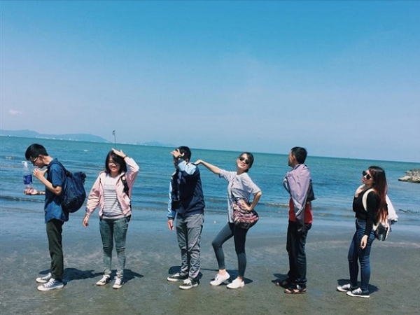 Bãi cát đen đẹp bậc nhất Việt Nam