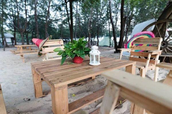 Zenna Pool Camp