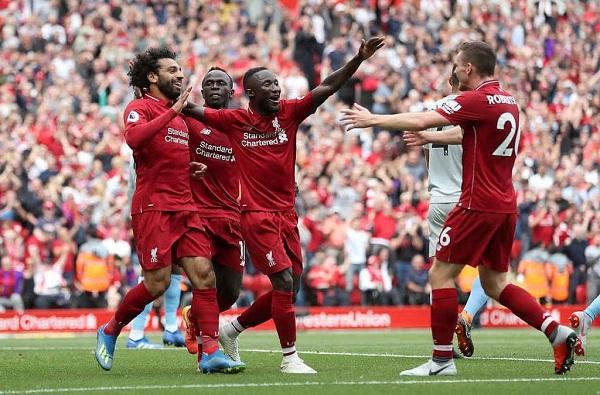 Klopp không hồi hộp giữa cuộc chiến danh hiệu Premier League