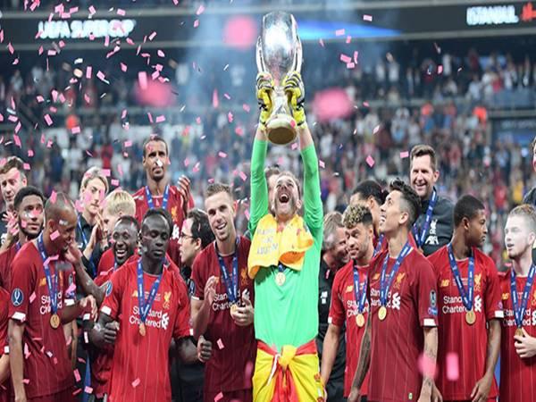 Liverpool đã giành danh hiệu đầu tiên ở mùa giải mới này