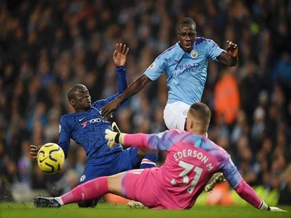 Man City 2-1 Chelsea: Vận đen đeo bám Pep