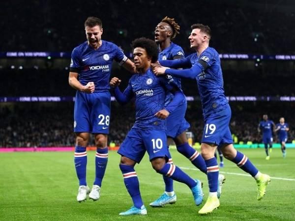 Chelsea lỗ gần 100 triệu bảng do không dự Cúp C1