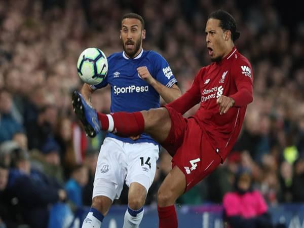 Liverpool có nguy cơ ăn mừng vô địch cách nhà 300km