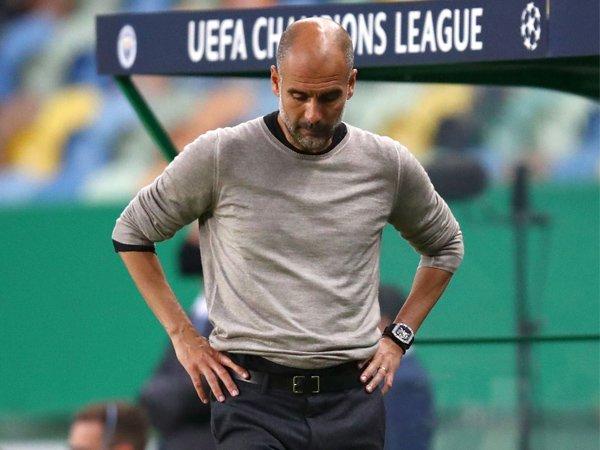 """Bóng đá Anh 25/8: Man City muốn """"làm lành với UEFA"""