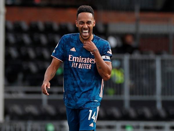 Bóng đá Anh tối 16/9: Lý do Aubameyang gia hạn hợp đồng với Arsenal