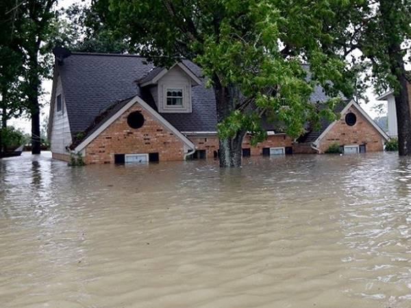 Nằm mơ thấy lũ lụt là điềm gì, con số may mắn nào liên quan?