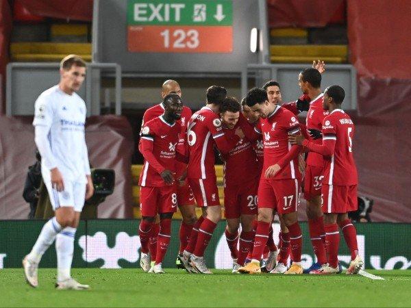 Bóng đá Anh 23/11: Liverpoollập kỷ lục sau chiến thắng Leicester