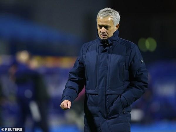 Bóng đá Anh 19/3: Mourinho đối diện nguy cơ bị sa thải