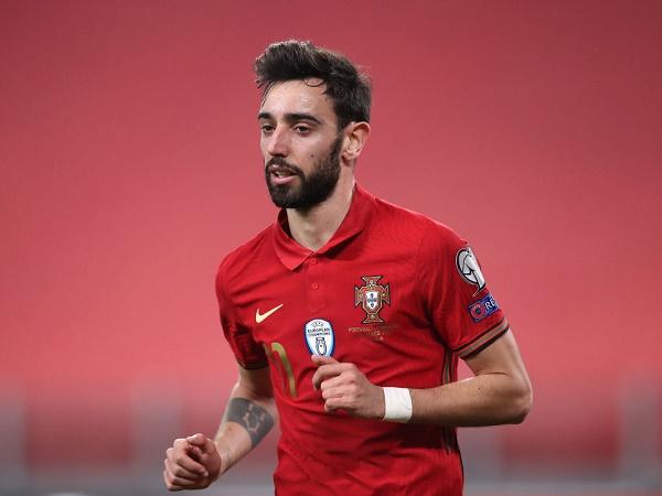 Bóng đá Anh tối 31/3: Bruno Fernandes được 'trả' về MU sớm