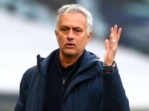 Bóng đá Anh trưa 10/6: Mourinho: 'Tôi đã giành được 25 danh hiệu rưỡi'