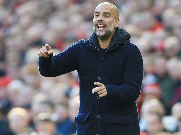 Bóng đá Anh 4/10: Pep Guardiola bực bội sau trận Liverpool và Man City